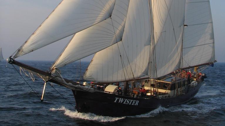 Twister (2)
